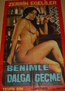 Benimle Dalga Geçme Erotik Türk Filmi İzle